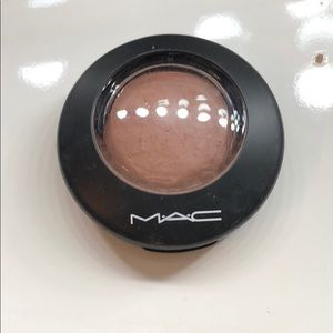 Mac mineralize blush in humor me